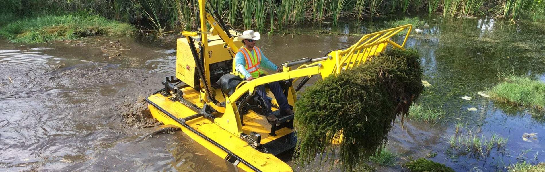 Mechanical Weed Removal - Weedoo Boats